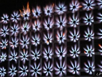medium_Mur_de_feu_d_Yves_Klein_Photo_Louis-Paul_Fallot_2007_P1150323.JPG
