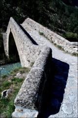 Un pont en Provence-PhotosLP Fallot-Avril 2011 (17).jpg