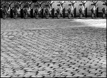 Vélos sur pavés nantais-PhotosLP-2008.jpg
