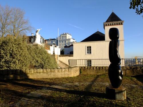 Devant le musée Jules Verne-PhotosLP Fallot-DSCF0938.jpg