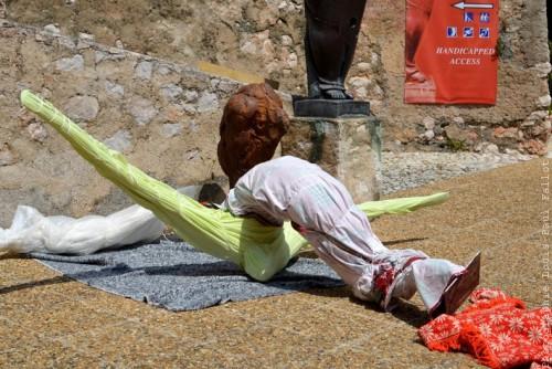 Montage de l'exposition Fondacaro à la Citadelle de Villefranche sur Mer-PhotosLP Fallot (3).jpg