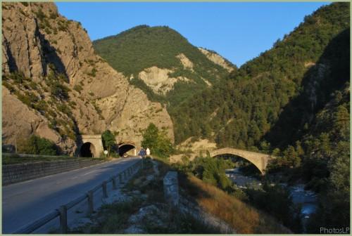 Pont Reine Jeanne-PhotosLP-2008.jpg