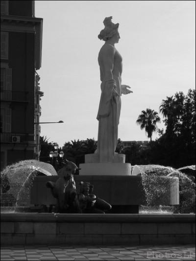 La Fontaine du Soleil-Nice juin 2011-PhotosLP Fallot (5).jpg