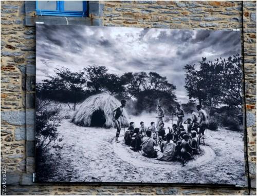 Sur les murs à La Gacilly-Festival photo 2010-PhotosLP (6).jpg